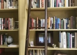 organized-library-jeanne-blasberg