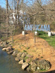 jeanne-blasberg-crystal-bridges-american-art-museum-sculpture-garden-returning-east-pandemic-road-trip