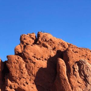 jeanne-blasberg-american-west-red-rocks-blue-sky-returning-east-pandemic-road-trip